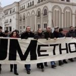 ВИДЕО: Дел од уметниците со зурли и тапани за десет милиони евра од буџетот