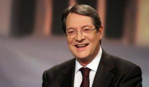 Анастасијадис е за обновување на преговорите за обединување на Кипар