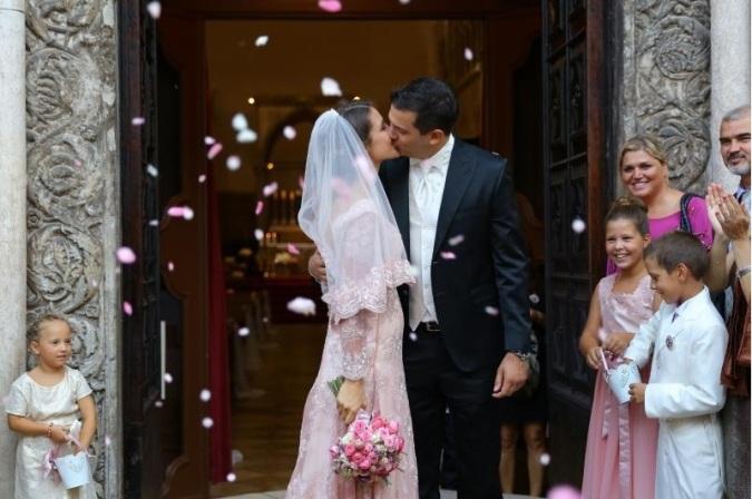Србија: Колку чини црковна венчавка во православната, а колку во католичката црква?