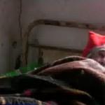 ВИДЕО: Смртно болен старец оставен сам да мрзне и гладува