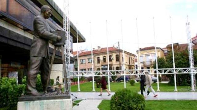 Центар за филм Битола јавно побара да го организира ИФФК  Браќа Манаки