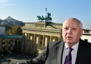 Горбачов добил гаранции дека НАТО нема да се шири на исток доколку се обедини Германија