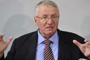 Шешељ  Западните разузнавачки служби се вмешани во убиството на Ивановиќ