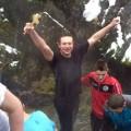 Иван Парталоски го фати светиот крст во Вевчанските извори