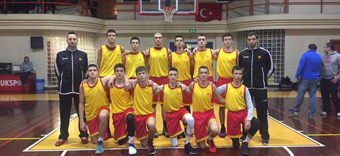 makedonskite-kosharkarski-nadezhi-ubedlivi-protiv-vrsnicite-od-kosovo