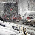 Забранет сообраќајот за тешки товарни возила на неколку патни правци