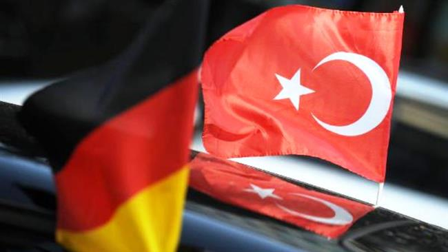 turskoto-razuznavanje-gi-shpionira-turcite-vo-germanija-oznacheni-kako-gulenisti