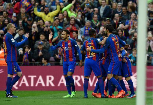 Барселона со победа над Атлетико е нов лидер во Примера