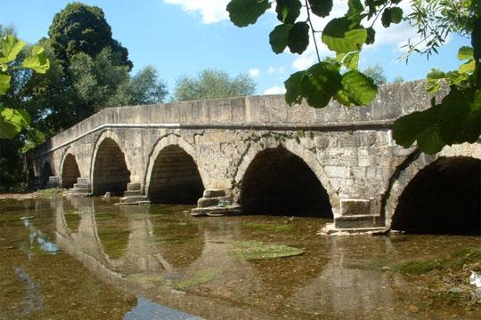 rimski-most-preku-koj-ne-stapnal-nitu-eden-rimjanin