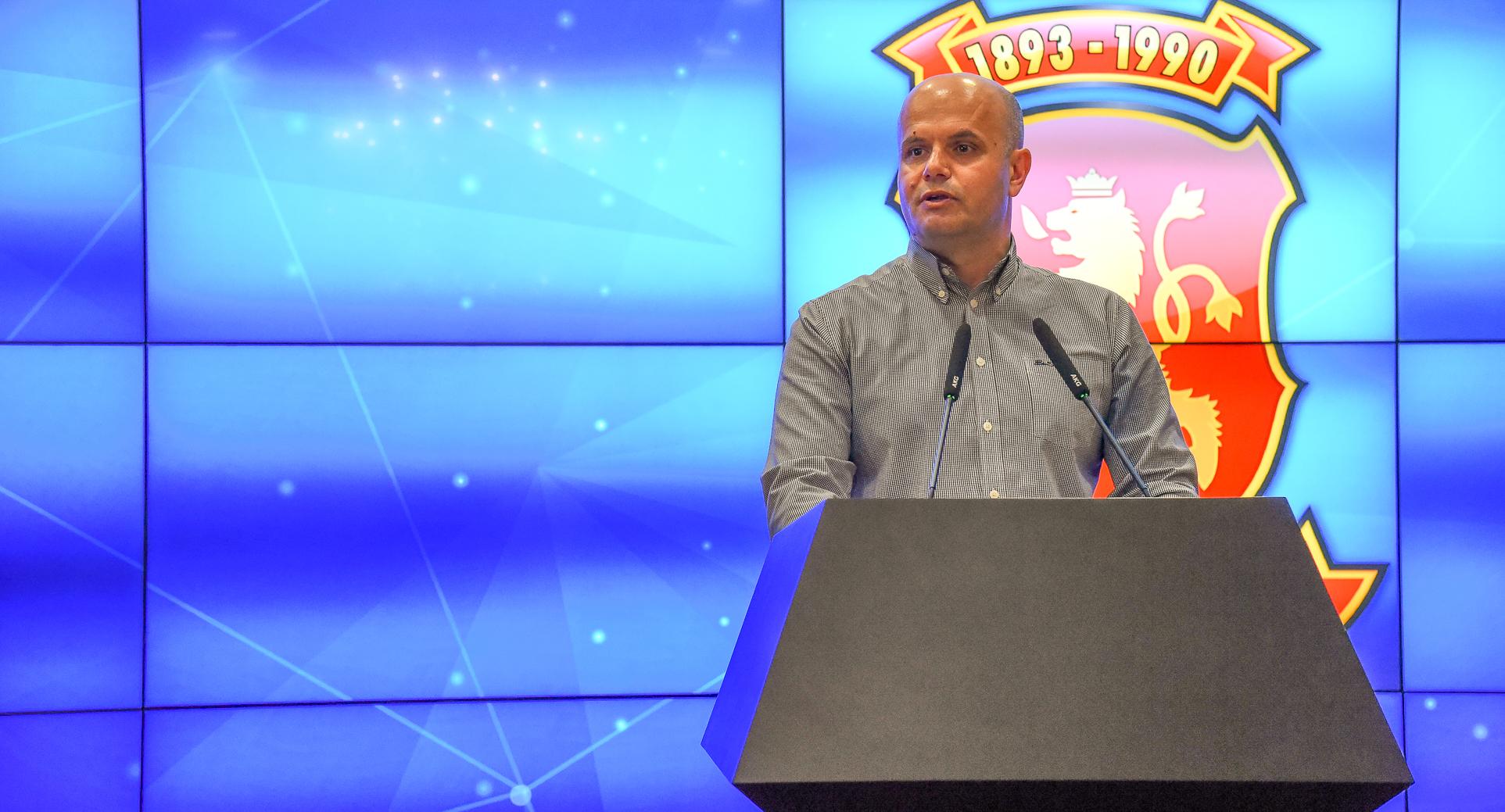 ВМРО ДПМНЕ  Доколку Заев сака да ја реализира платформата  нека излезе со неа на избори