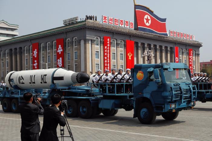 Тилерсон  Реална е заканата од Северна Кореја за нуклеарен напад врз Токио и Сеул