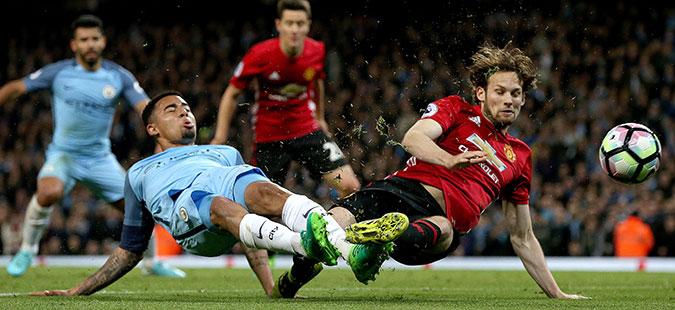 Манчестер Сити и Манчестер Јунајтед одиграа без голови