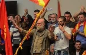 ВМРО ДПМНЕ  Уметниците  пратениците  полициските службеници и останатите притворени за 27 април не се терористи