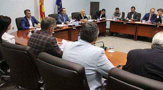 Втор ден дебата за законот за јазиците на Комисијата за политички систем