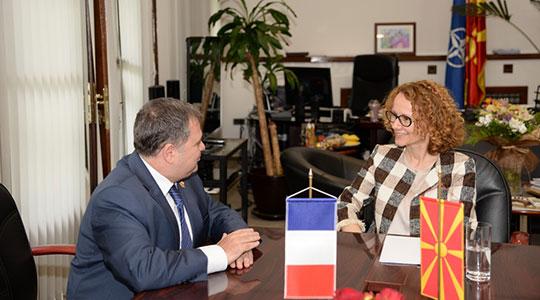Шекеринска Тимоние  Унапредување на соработката со Франција за модернизација на АРМ