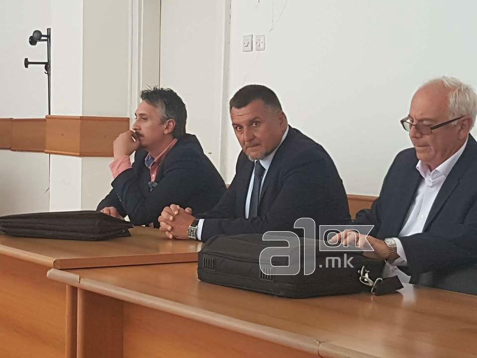 Василев  Доколку Јакимовски ја загуби работата  Македонија ќе изгуби професионалец