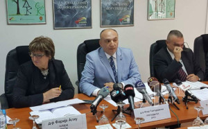 Заев  За поздравување одлуките за оставки на членови на Aнтикорупциска