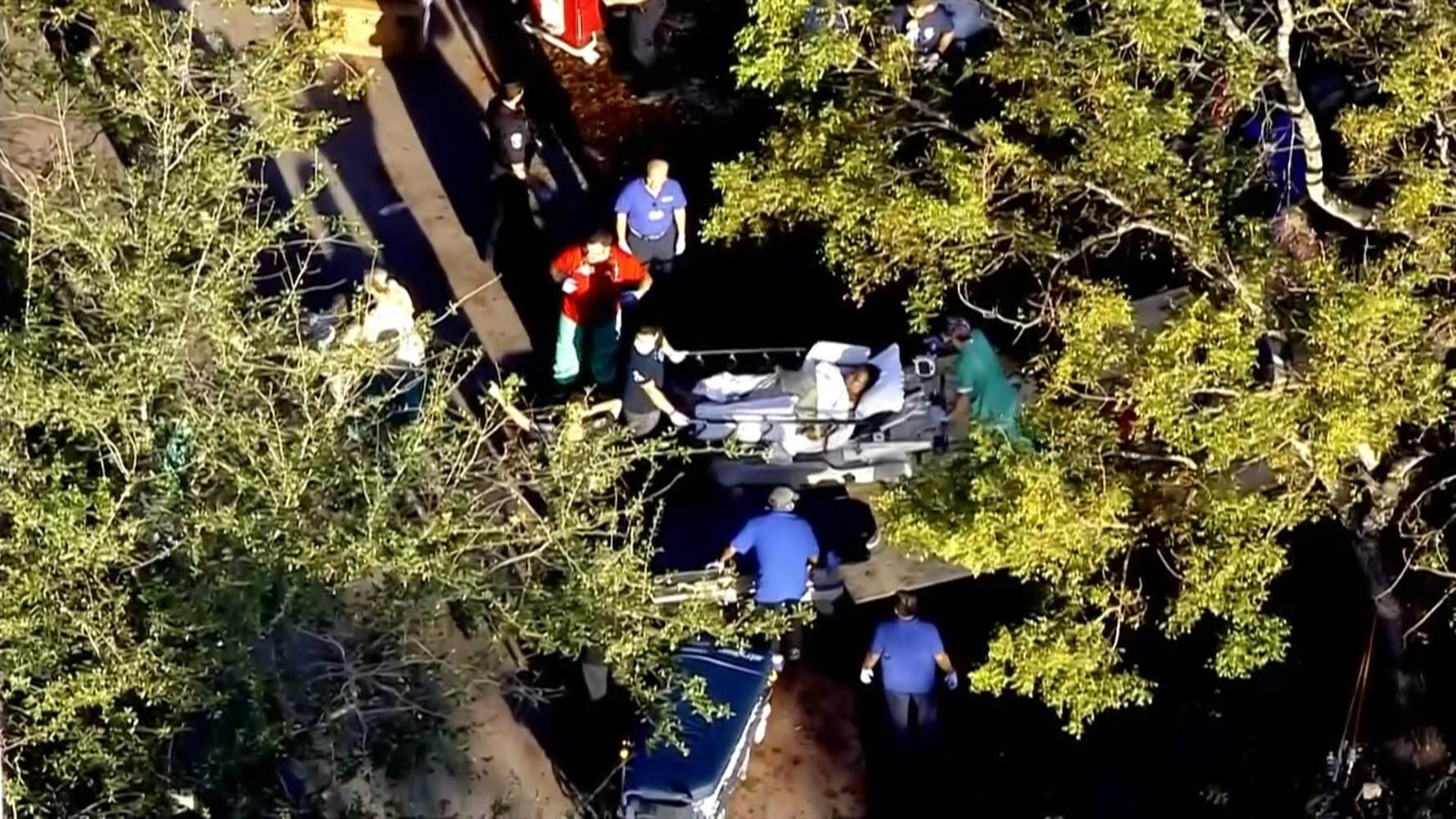 Пет лица починале во дом за стари лица во Флорида  откако останел без струја