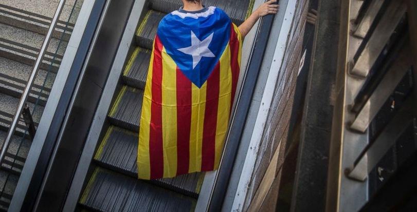 Уставниот суд на Шпанија го укина каталонскиот закон за независност