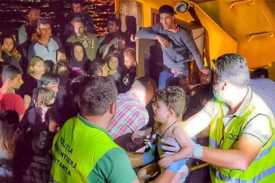 Романската крајбрежна стража спаси 157 мигранти од Црно Море