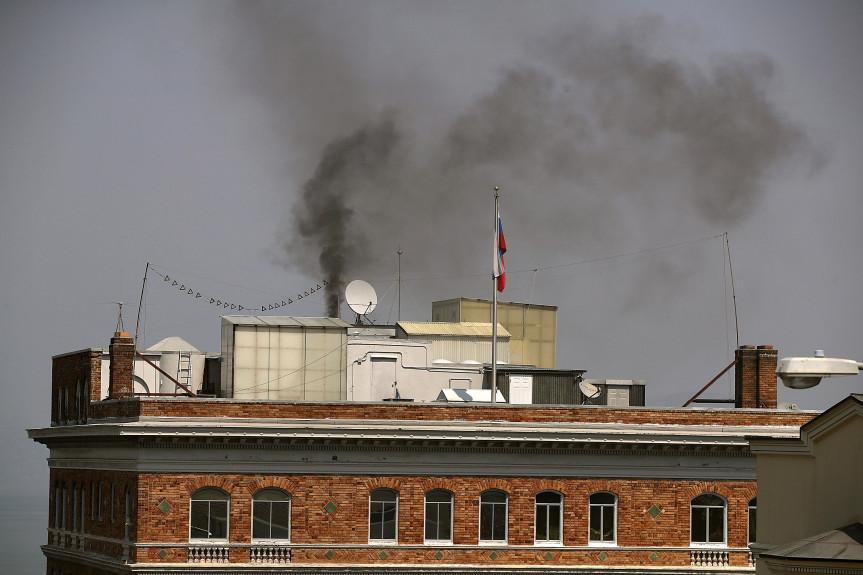 САД обвинија руски дипломати за огнот во напуштениот конзулант во Сан Франциско