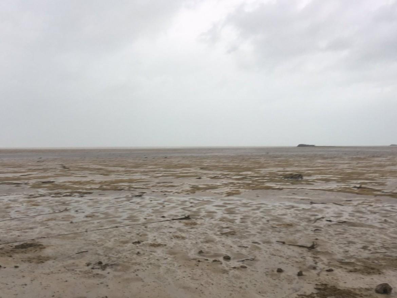 """ВИДЕО: Ураганот Ирма го """"голтна"""" океанот"""