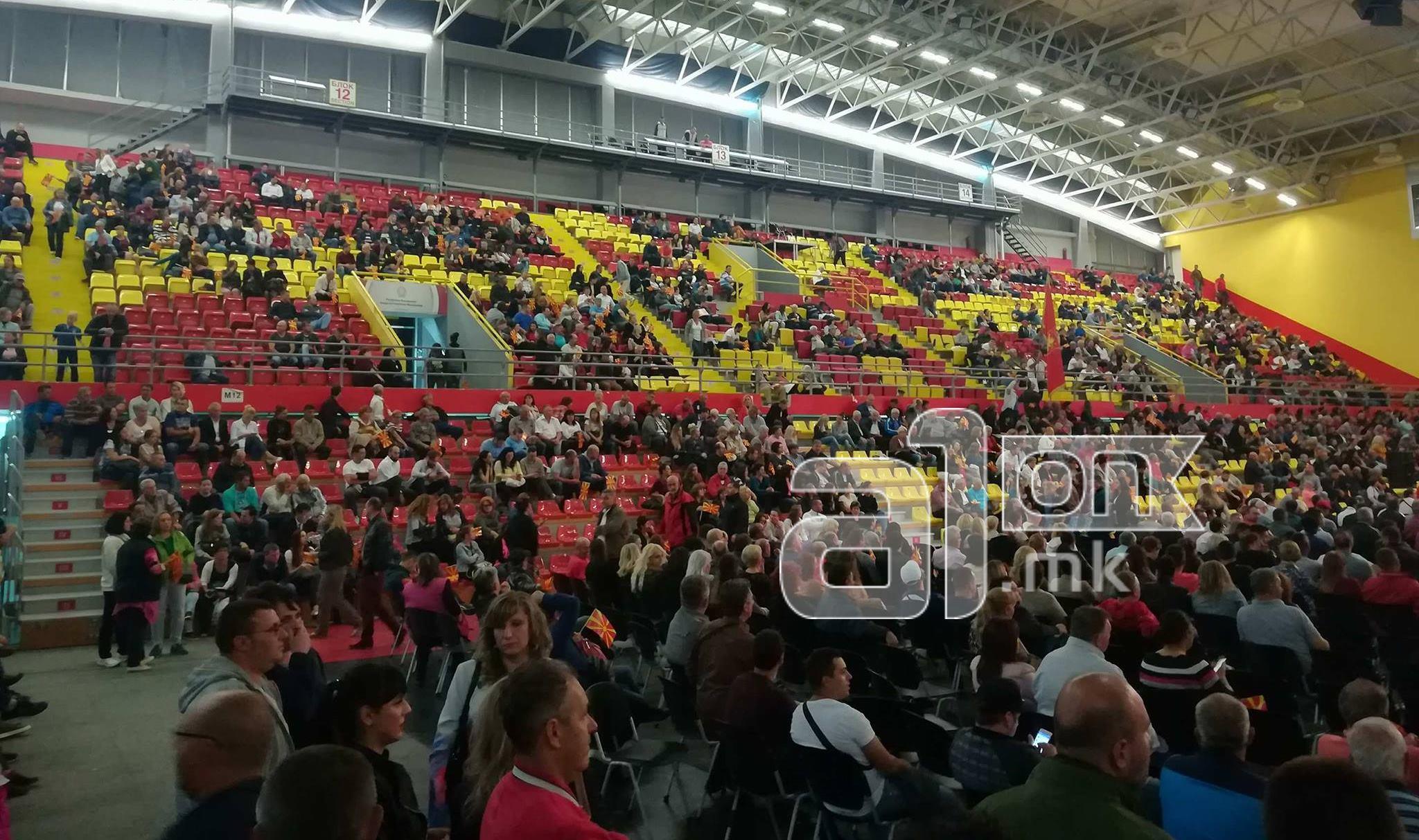 СДСМ  Груевски  Трајановски и ВМРО ДПМНЕ не може да понудат нова ера  доказ за тоа беше празната сала за време на говорот на Груевски