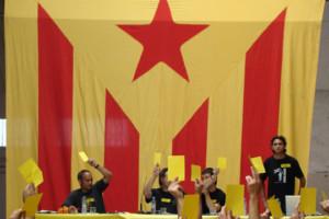 Сојузник на каталонскиот лидер го повикува да ја прогласи Каталонија за република