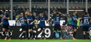 Икарди со хет трик го реши дербито на Милано