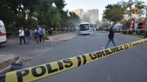 Најмалку 12 ранети при напад врз полициско возило во Турција