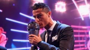 Роналдо втора година со ред избран за најдобар играч