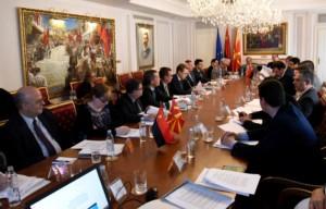 Средба на Груевски со амбасадорите на САД  држави членки на ЕУ и НАТО  Потребни се избори по највисоки стандарди