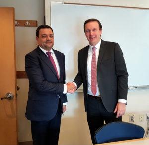 Средба Анѓушев со сенаторот Марфи  Владеењето на правото е предуслов за привлeкување на странскиот капитал