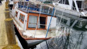 Се излеа нафта од потонат брод во каналот Студнечишта