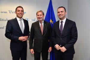 Хан во дводневна посета на Македонија