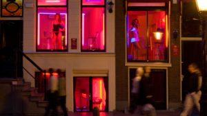 Скопје првпат ќе добие девојки во излог