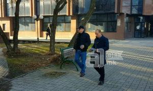 Латас не сака да биде сниман во судницата