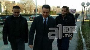 Груевски  Ме судат за неколку скршени прозорци