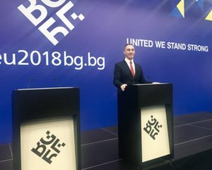 Груби  Европската унија не е цела без нас