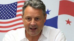 Американскиот амбасадор во Панама  Не можам да му служам на Трамп