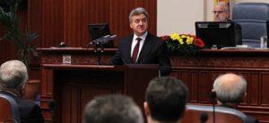 Доколку Иванов не го потпише указот  Законот за јазици повторно пред Собранието