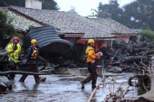 Над 40 лица се водат за исчезнати по лизгање на земјиштето во Калифорнија