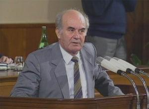 Десет години од смртта на Никола Кљусев  првиот премиер на независна Република Македонија