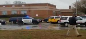 Повторно отворен оган во средно училиште во САД