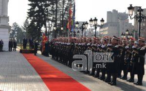 Претседавачот на Советот на министри на БиХ  Звиздиќ пристигна во Владата