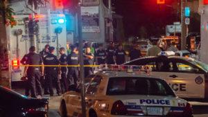Во оружениот напад во Канада, загинаа двајца полицајци и двајца цивили
