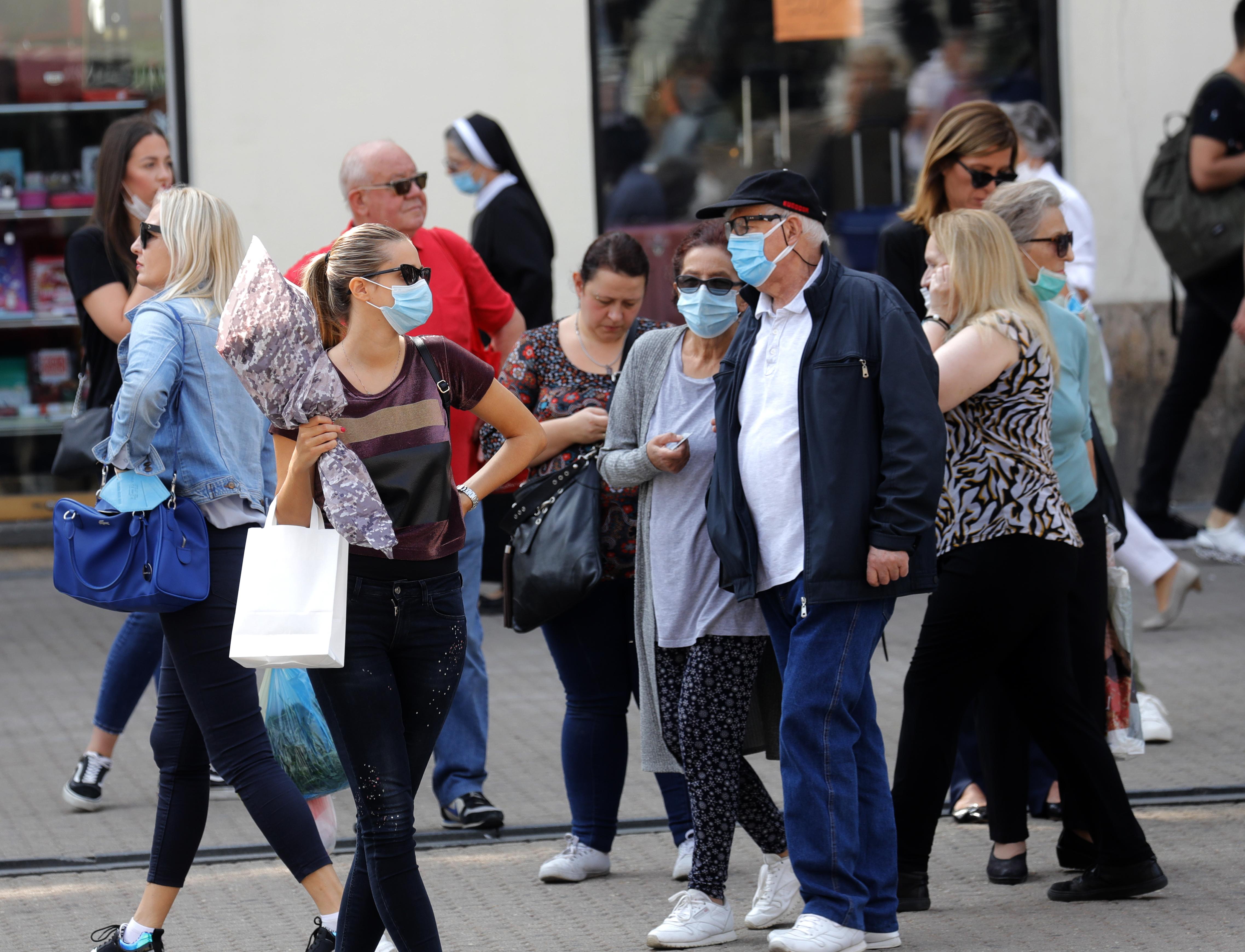 Епидемијата ќе запре ако се вакцинираат 70 отсто од луѓето, сметаат хрватските власти