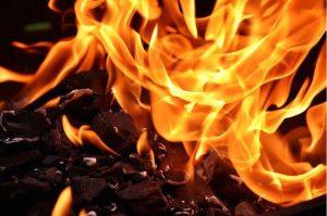Во пожар во Скопје изгоре цела куќа